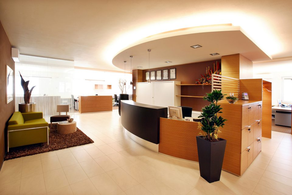 Office furniture in Verona